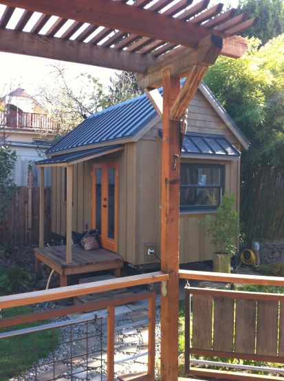 Gina's tiny house - Portland Alternative Dwellings