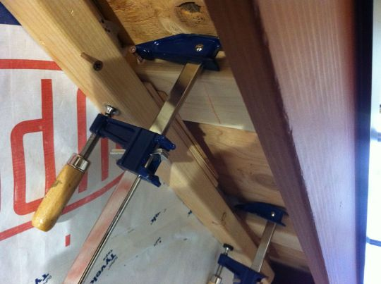 clamping eave nailer