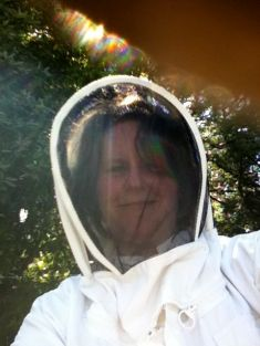 I donned the full getup for my introduction to beekeeping.